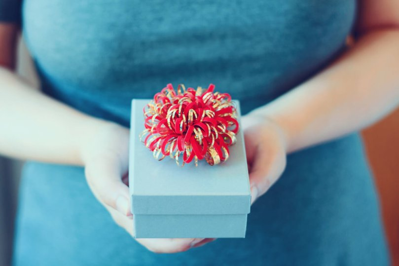 woman gift - real estate closing gifts